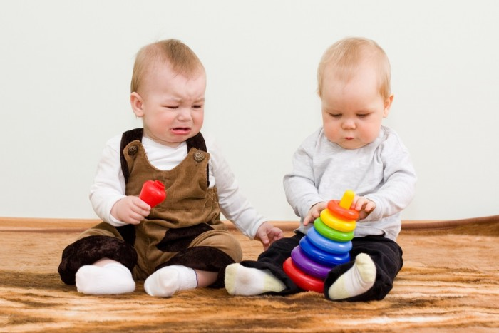 kids-not-sharing